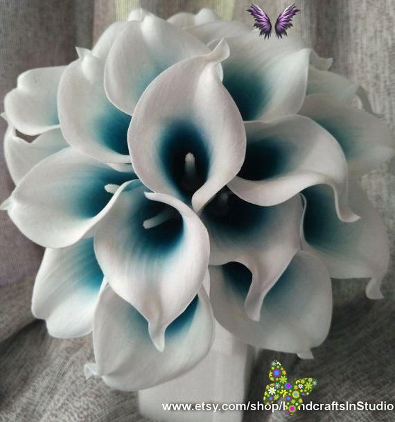 Calla Lily Bouquet Flowers 10 Stems Oasis Teal Picasso Calla Lilies Real Touch Bridal Bouquet Faux Flowers Wedding Centerpieces In 2020 Brautstrauss Lilien Braut Blumen