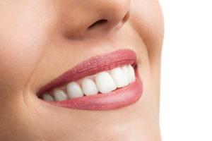 Remedios naturales y trucos para los labios secos