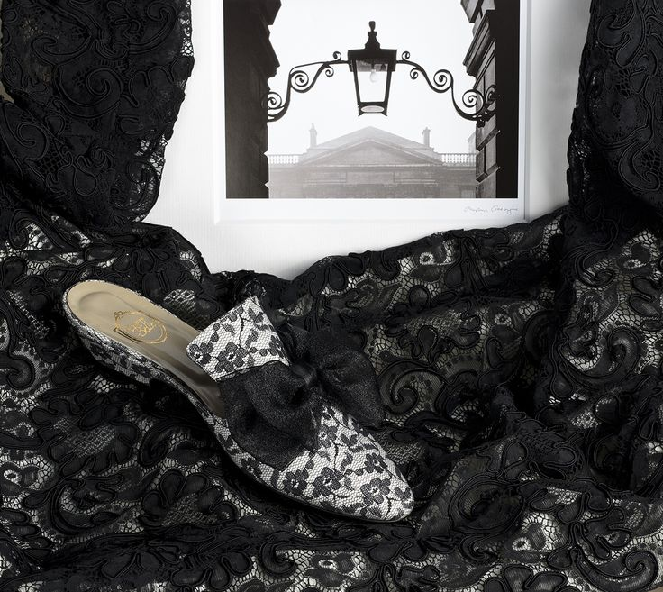"""Un Vol de Dentelle"" - black lace on ivory satin, voile black bow http://store.leschaussonsdelabelle.com"