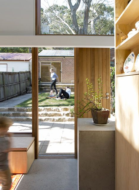 Three by Two House in Sydney by Panovscott