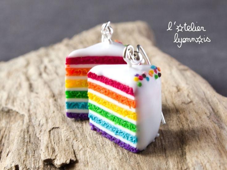 ★  Epinglé par www.la-petite-epicerie.fr Tutos et fournitures pour le Do It Yourself ★ Boucles d'oreilles gâteaux arc en ciel rainbow cake