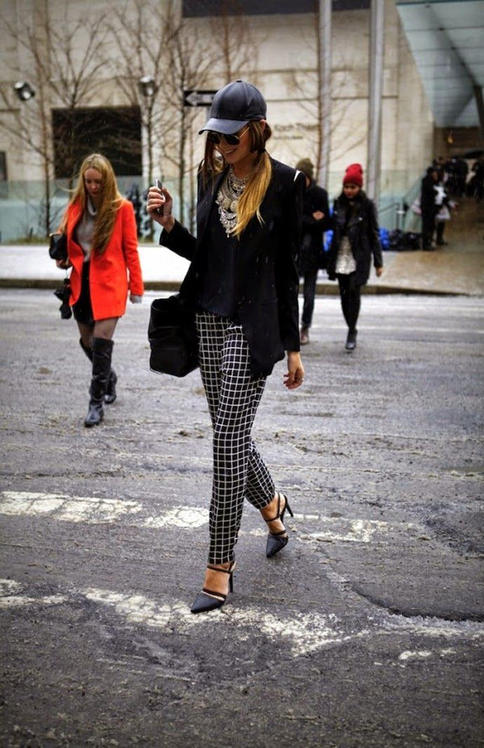 Pants,calça reta, straight, style, look, streetstyle, estilo, outfit, get inspired, get the look, inspire-se, inspiration, inspiração, moda, fashion, xadres, chess, black and white, preto e branco, trend, tendencia