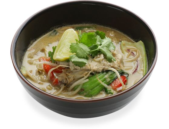 chicken itame rice noodles in a spicy green coconut and lemongrass ...