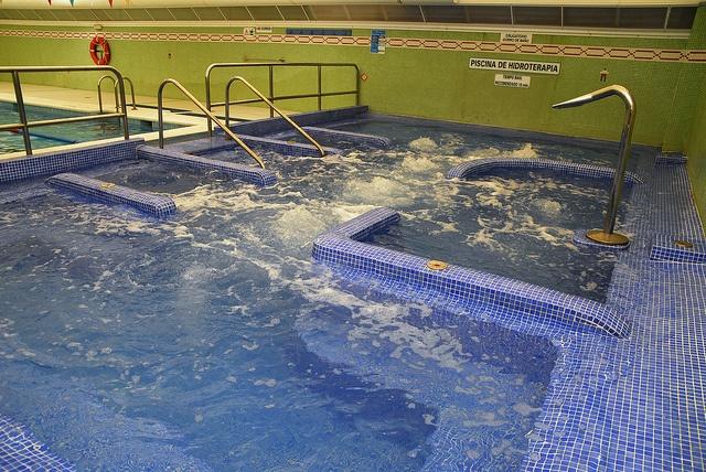 Piscina de hidroterapia by Camping Marjal Guardamar, via Flickr