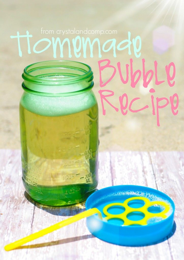 DIY homemade bubble recipe from crystalandcomp.com