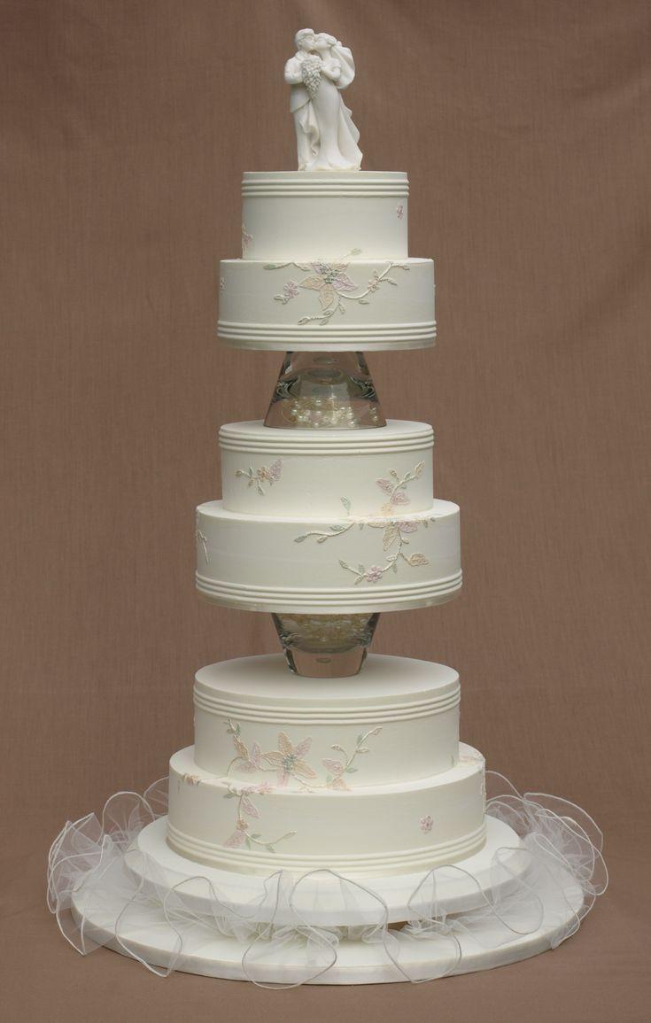 Tube embroidered royal iced wedding cake