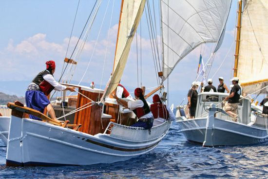 Photo of the annual classic yacht race in Spetses. By Yatzer.