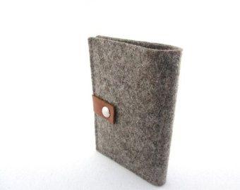Cartera de fieltro de lana minimalista-regalo gran de moneda monedero-gris-de bolsillo - etiquetas de cuero con monograma - para hombres-padrino-boda