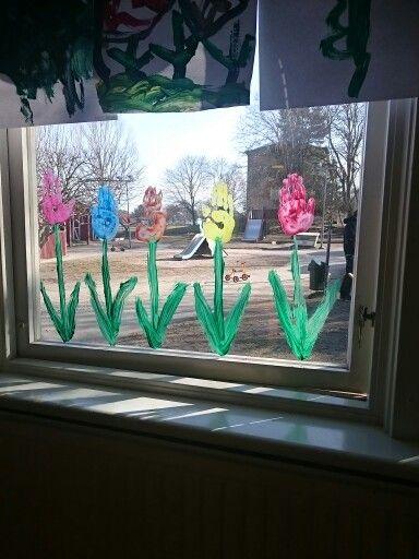 Fönster blommor av hand av tryck.