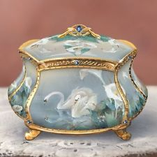 Lena Liu EVERLASTING LOVE Porcelain Music Box Accented with SWANS & 22K Gold