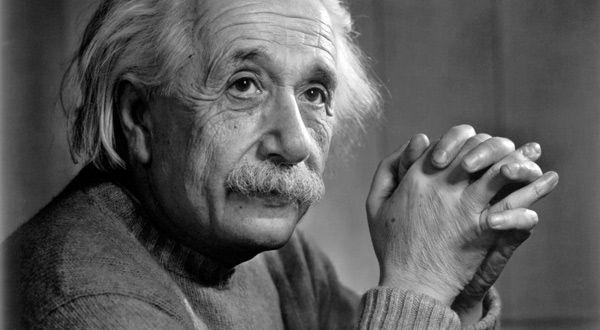 20 vybraných myšlenek Alberta Einsteina