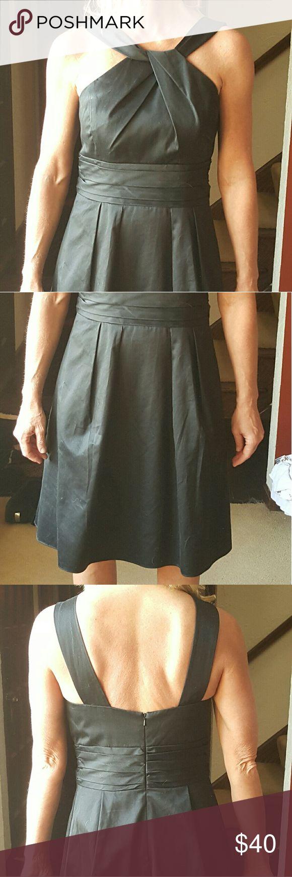 Cocktail dress High waist and full skirt Front pockets  Zip back Tea length  Worn once David's Bridal Dresses