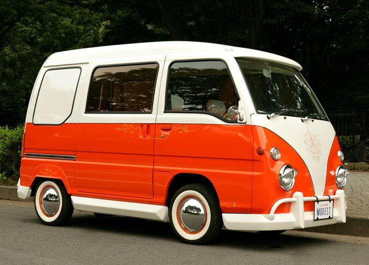 especificación del bus Volkswagen   producción en el coche de la luz un motivo de autobuses Volkswagen
