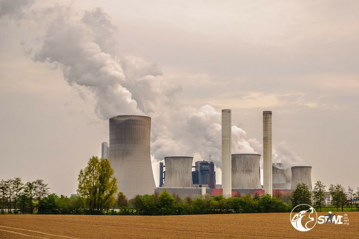 Kohlekraftwerk Niederaußem by Matthias Stawinski on 500px