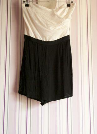 À vendre sur #vintedfrance ! http://www.vinted.fr/mode-femmes/combishorts/24155704-combishort-bustier-noir-et-blanc-naf-naf