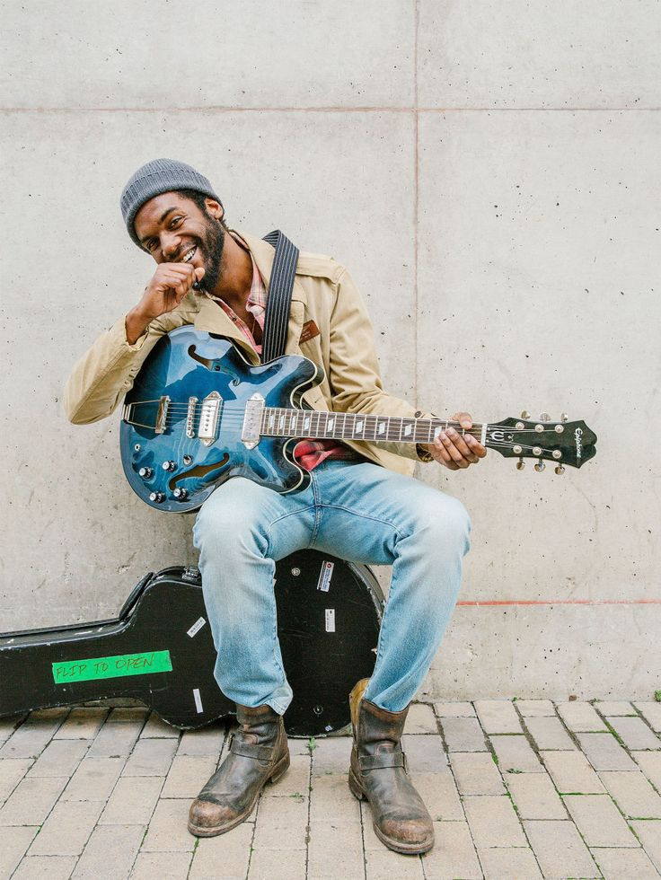 Gary Clark Jr. Busking - Sidewalk Sessions
