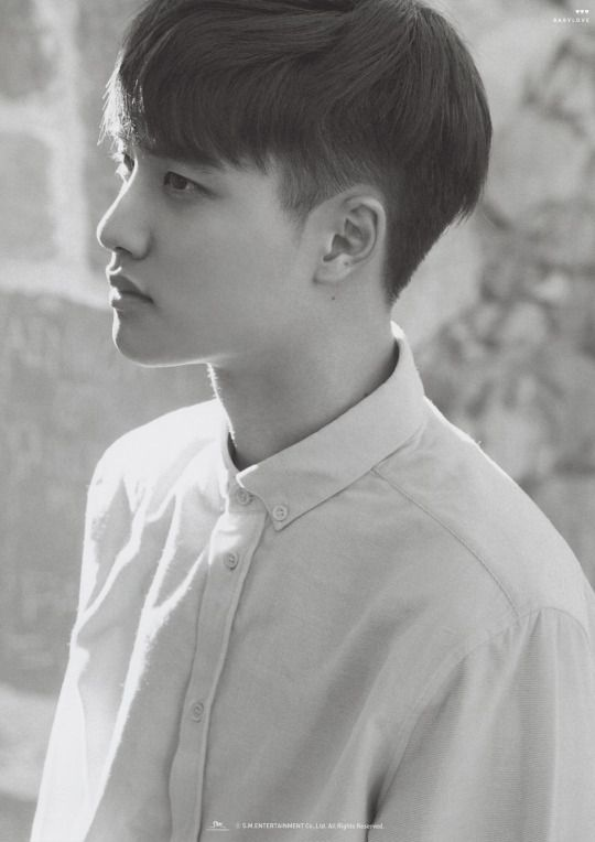 "Exo - Kyungsoo ""Such a sweet face you have Kyungie~"""