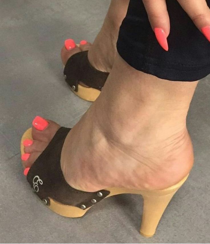 Pin By Heel And Wedges Wooden On Wooden Heels Gorgeous