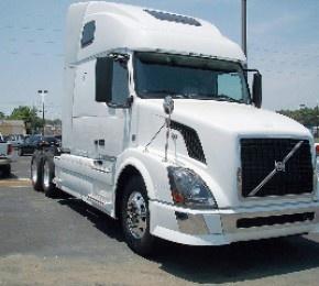 2011 #Volvo Vnl64t670 Heavy #Duty_Trucks For sale