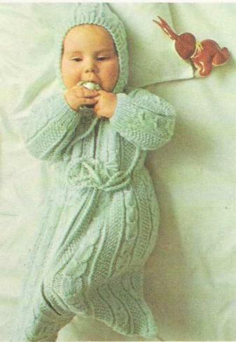 Tricot e Croche Passo a Passo Receitas: Receita de tricô - Saco de dormir para bebê com capuz em motivo de tranças.