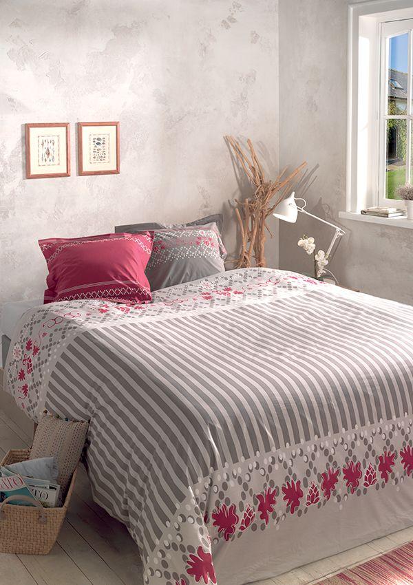 Housse de couette ART DECO  Parure de lit : housse de couette Housse finition bouteille avec 2 taies d'oreiller 63 x 63 cm 100% coton – 57 fils