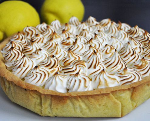 Imagine a crispy and melty crust filled with smooth home-made lemon curd full of flavor, and topped with a sweet meringue.