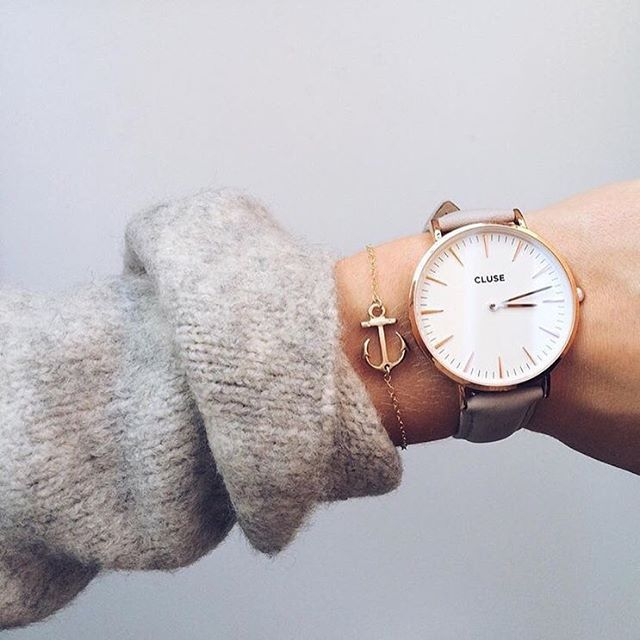 """Its monday! Are you ready for the week? #CLUSE #watch #monday"""
