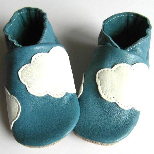 Chaussons cuir souple Nuages blancs couleur bleu ciel en 25 : Mode Bébé par chaussons-cuir-souple-pepper-gum