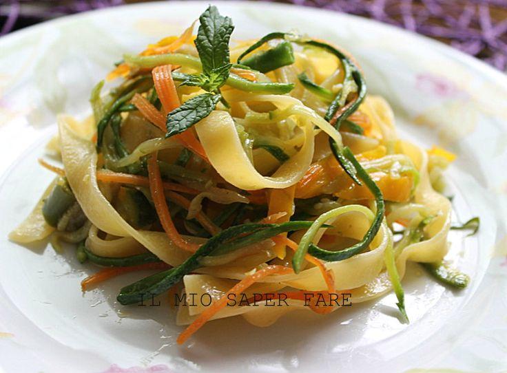 Tagliatelle alle verdure di stagione|ricetta semplice