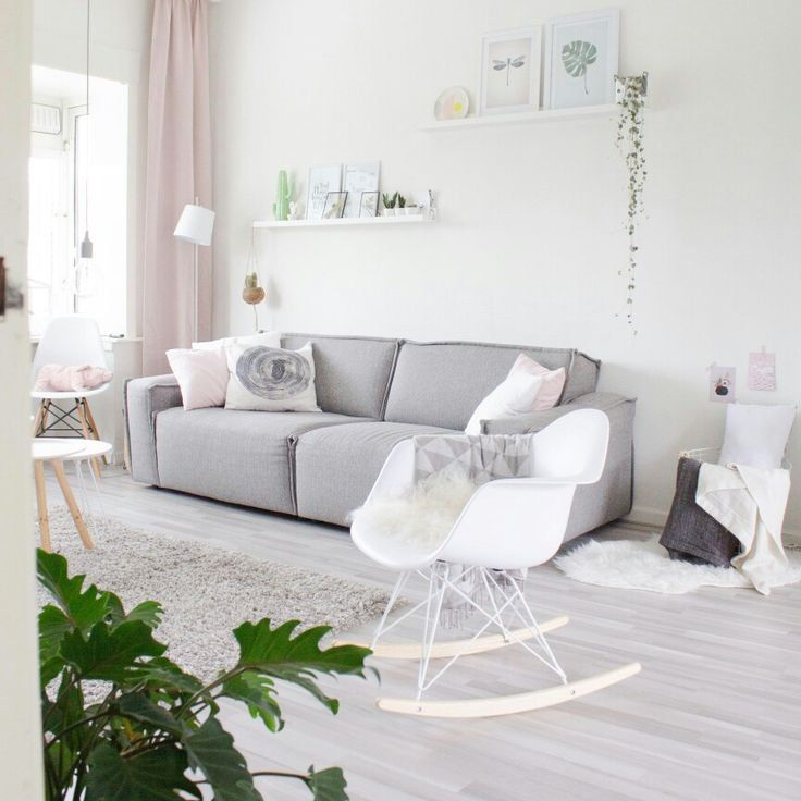 Pastel livingroom. Www.instagram.com/ juudithhuls @juudithhuls