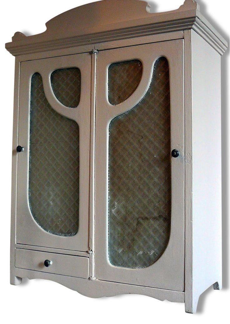 19 best salle de bain pharmacie images on pinterest bathroom home ideas and closets - Armoire pharmacie bois ancienne ...