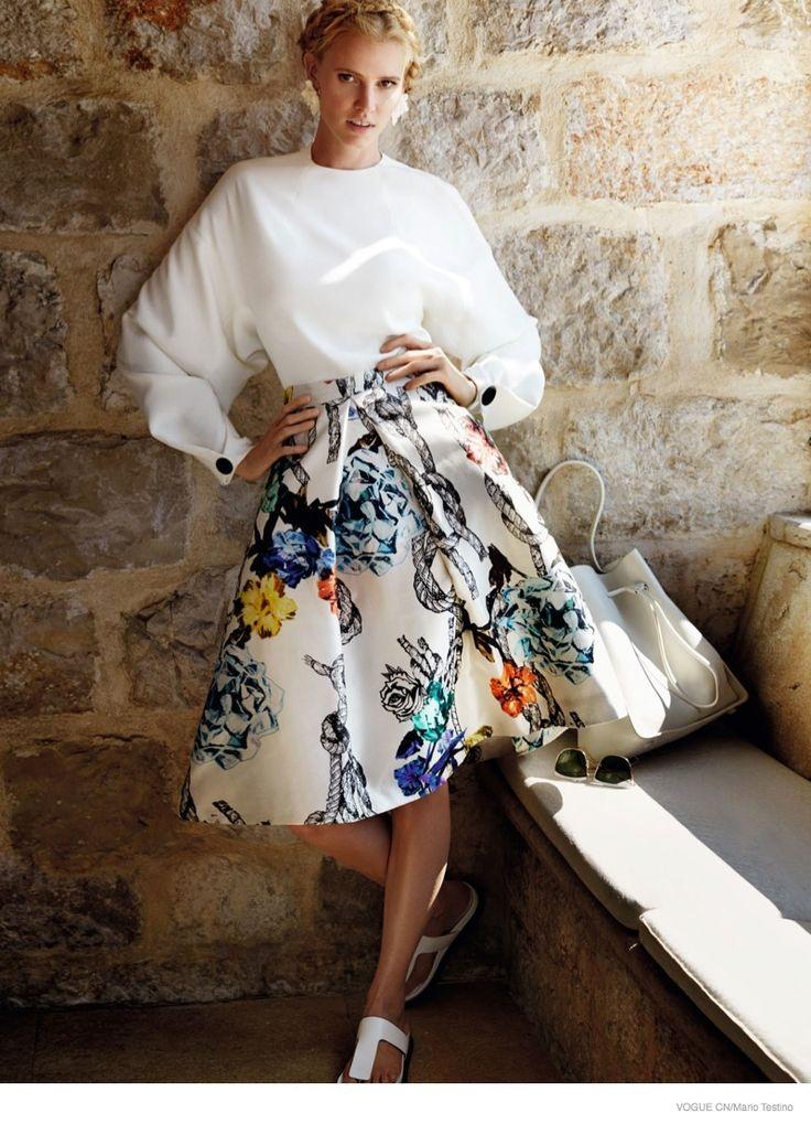 Lara Stone Models Getaway Fashion for Mario Testino in Vogue China February 2015