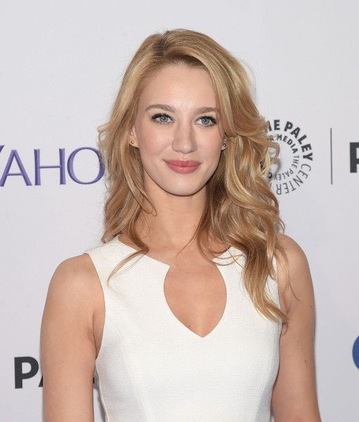 Yael Grobglas Red Hair