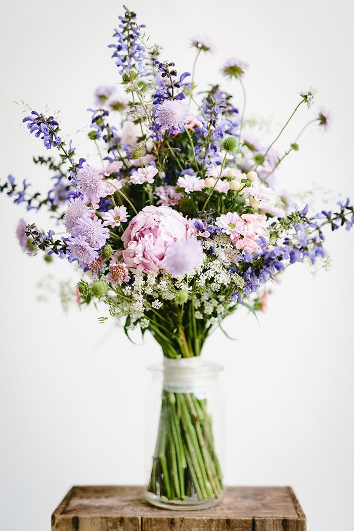 Flower of the Month July: Scabious  – 109 braut blumen -bruids bloemen