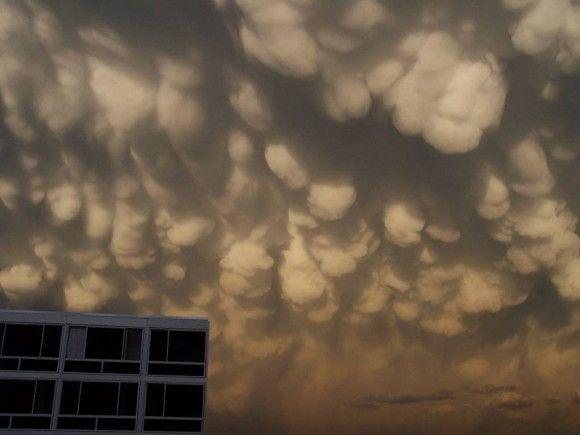 乳房雲、米コロラド州、コロラドスプリングス
