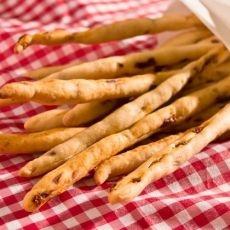 Sun Dried Tomatoes Breadsticks