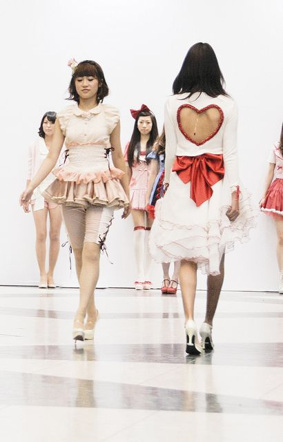 Heart-themed fashion show. ♡テーマファッションショー Tokyo, Japan