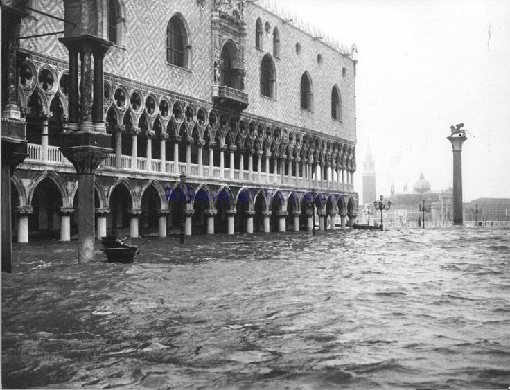 San Marco Square flooding in 1966