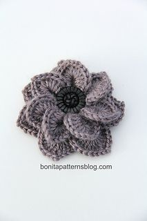 Crocodile stitch double layer flower ~ free pattern
