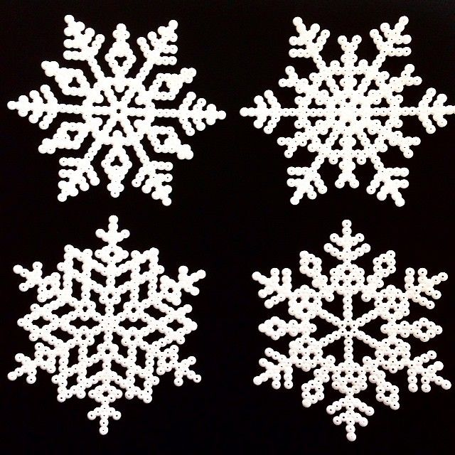 Winter snowflakes perler beads by sarasunivers