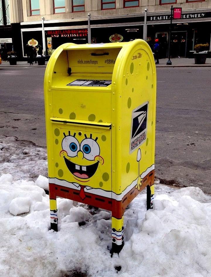 A legal SpongeBob SquarePants USPS Mailbox in Midtown Manhattan East!