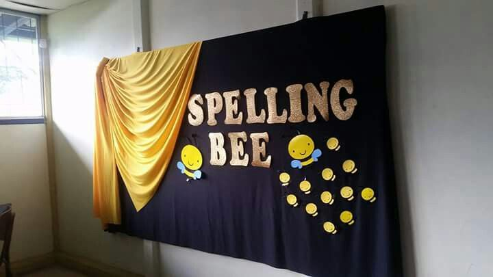 Spelling bee board