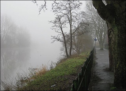 Geoff Wilson took this image showing the fog lying low over the River Lagan along Stranmillis Embankment, Belfast.