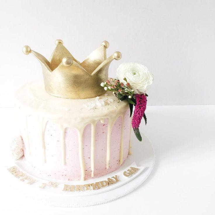 Crown cake