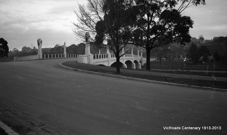 1948 Hoddle Bridge, Punt Road, Melbourne. VicRoads Centenary 1913-2013.