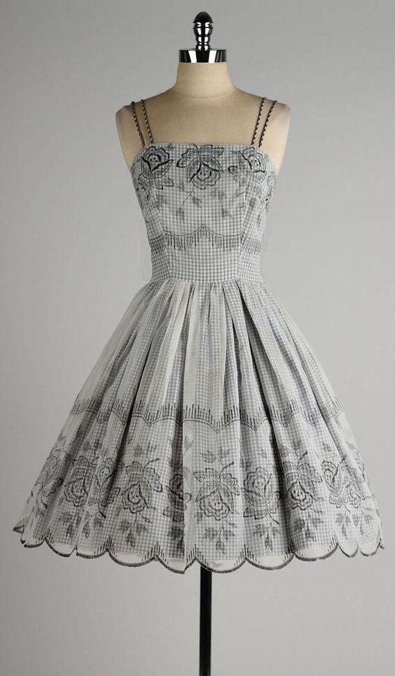 vintage 1950s dress . black gingham cotton . by millstreetvintage