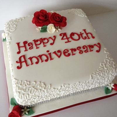 "10"" square Ruby wedding anniversary cake with ruby & cream roses and piping detail"