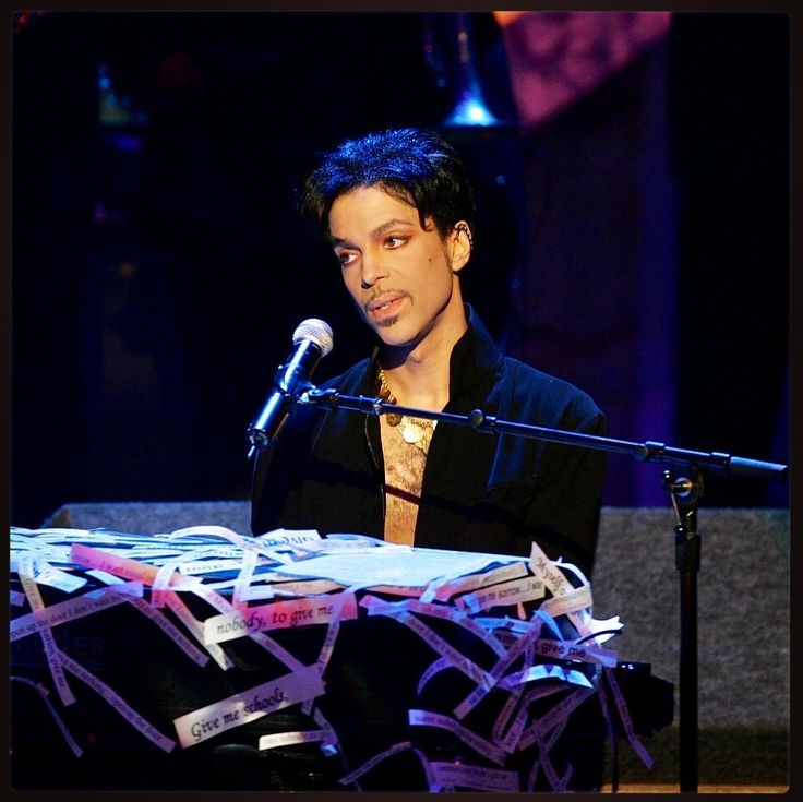 Remembering Prince on the one year anniversary of his passing. A once in a lifetime artist who will never be forgotten #ripprince Thank You #creator #producer #music #icon #legend #visionary #songwriter #musician #fashion #performer #legacy #actor #art #artist #philanthropist #popculture #purplerain #paisleypark #minnesota #princerogersnelson #littleredcorvette #whendovescry #singer #vinyl #memories #love #heart #soul #showman