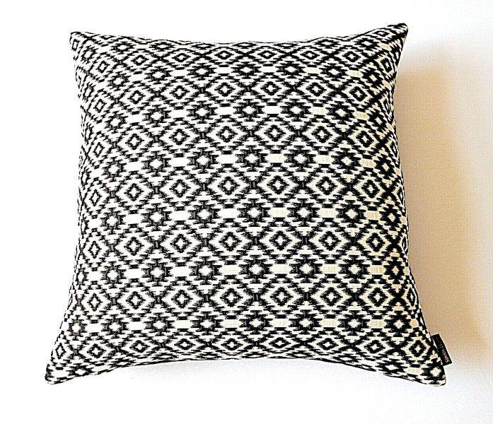 Kissen - Kissenhülle 50x50 Ethno Black&White - ein Designerstück von SENADA-HOME bei DaWanda