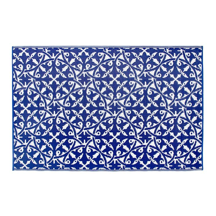 This unique and stylish rug is the ideal accessory for your garden this summer in an on trend colour of dark blue. Made with a carry handle, roll up and take with you for a beach picnic, summer bbq or just to the garden for fun with all the family! This rug is also perfect to use indoors with its waterproof and wipe clean benefits. Reversible in shades of navy and white, this rug is easy to clean and made from handwoven recycled materials.  Features and Benefits:      Rug is reversible…